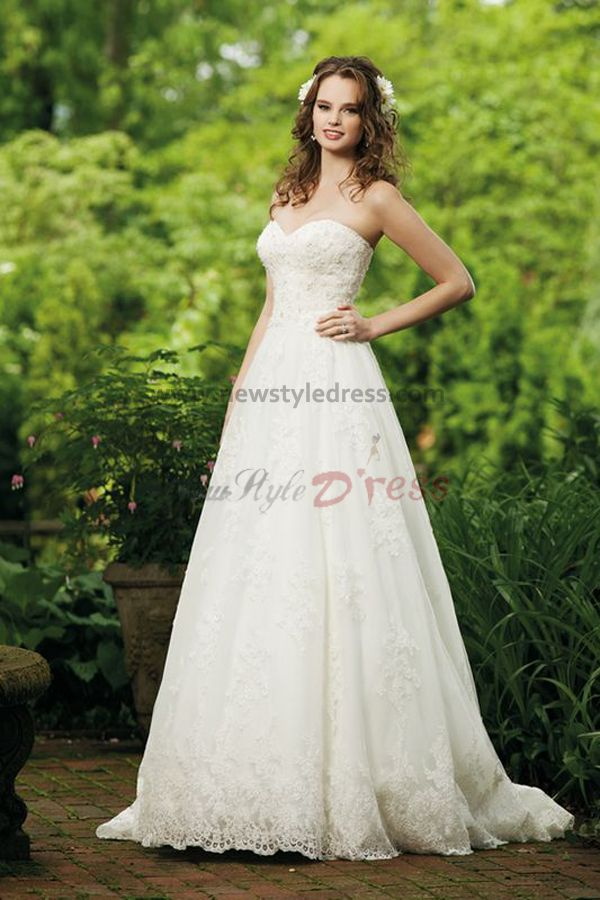 Lace a line wedding dress cheap for Nice cheap wedding dresses