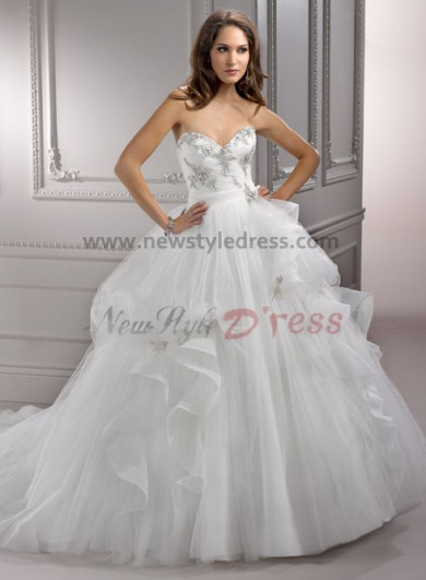 Sexy Sweetheart Chest Appliques Ruffles High-end wedding dress nw-0125