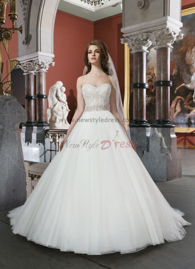 Sweetheart a-line Princess Sweep Train Chest Appliques Cheap wedding dresses nw-0134