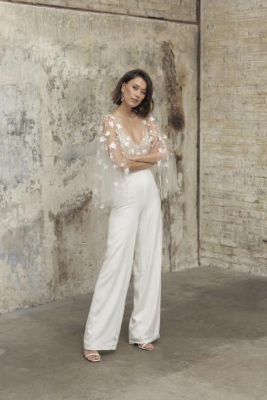 Elegant V-neck Wedding Jumpsuits  Lace Bride Outfits wps-231