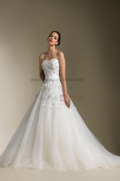 Chest Appliques Sweetheart Sweep Train Elegant Wedding Dress nw-0306