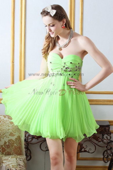 Green Sweetheart a-line Above Knee Chest With beading Homecoming Dresses nm-0224