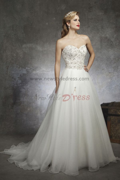 White Sweep Train Princess Chest Appliques Sweetheart a-line Discount wedding dress nw-0143