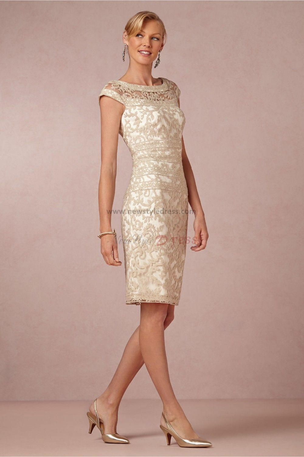 Elegant short lace Mother of the bride dress cms-001