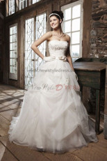 Strapless Ruched ball gown Waist With flower Elegant wedding dress nw-0253