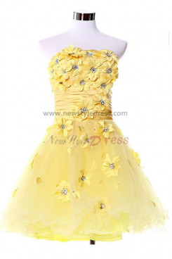 2019 hot sale Yellow Chest With beading and flower Tiered Ruffles Homecoming Dresses nm-0081