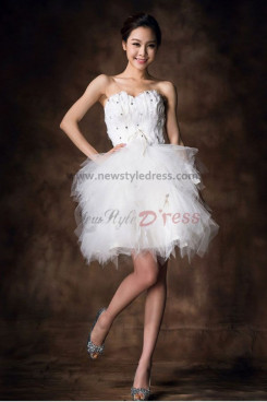 Feathers Above Above Knee Tiered Glamorous Strapless Tulle Homecoming Dresses nm-0079