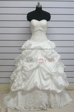 Ruffles Sweetheart ball gowns Quality Guaranteed Chapel Train lace wedding dress nw-0119