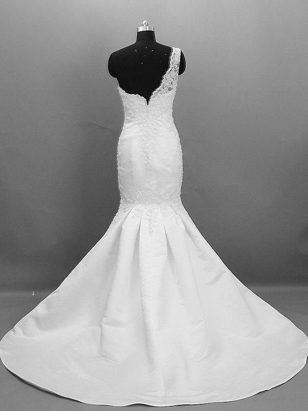 Lace pattern hand beading mermaid glamorous sweep brush for Wedding dress beading patterns