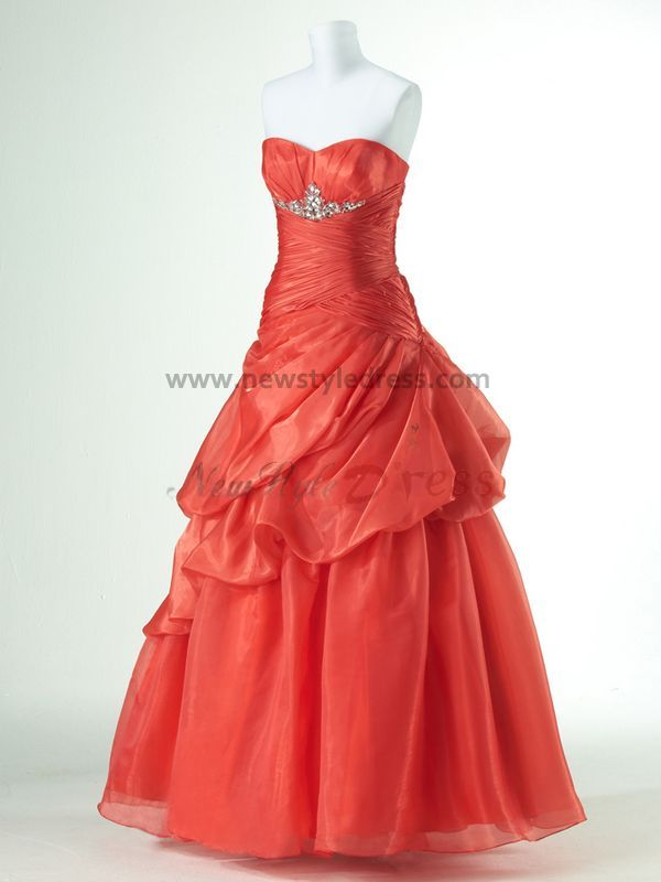 http://www.newstyledress.com/media/catalog/product/r/e/red_or_Purple_Sweetheart_Tiered_Ruched_Fall_Popular_prom_dresses_np-0170.jpg